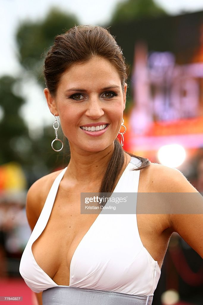 Former Big Brother contestant Clare Madden arrives on the red carpet at the 2007 ARIA Awards at Acer Arena on October 28 2007 in Sydney Australia The...