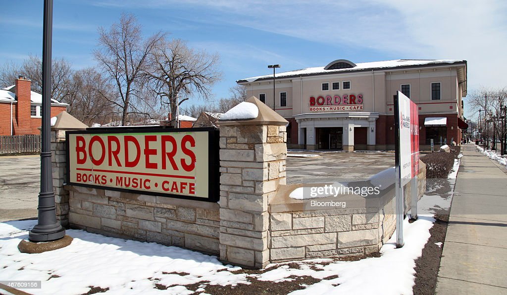 borders group inc Borders group is engaged in the operation of book, music and movie superstores, and mall-based bookstores.