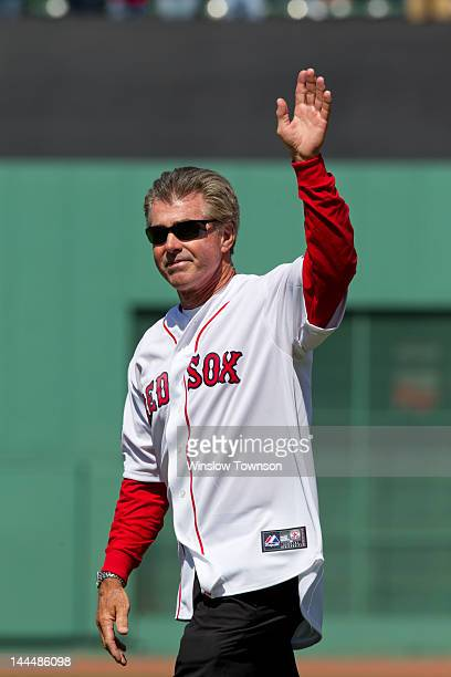 Former Boston Red Sox first baseman Bill Buckner waves to the crowd before the game between the Boston Red Sox and the New York Yankees on Friday...