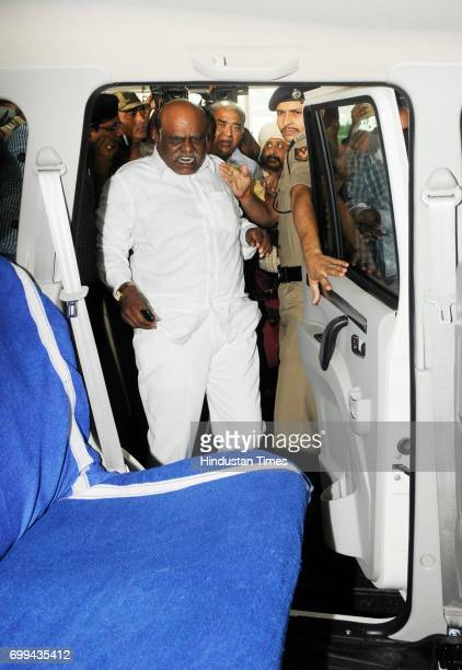 Former Calcutta High Court judge CS Karnan brought back by CID team on way to Presidency Jail on June 21 2017 in Kolkata India He had been evading...