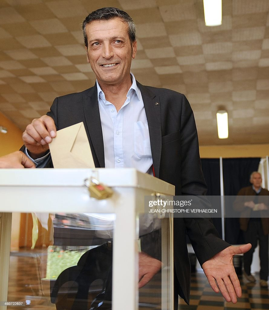 Former CFDT unionist of ArcelorMittal Florange and socialist party's candidate in the great eastern constituency Edouard Martin casts his ballot for...