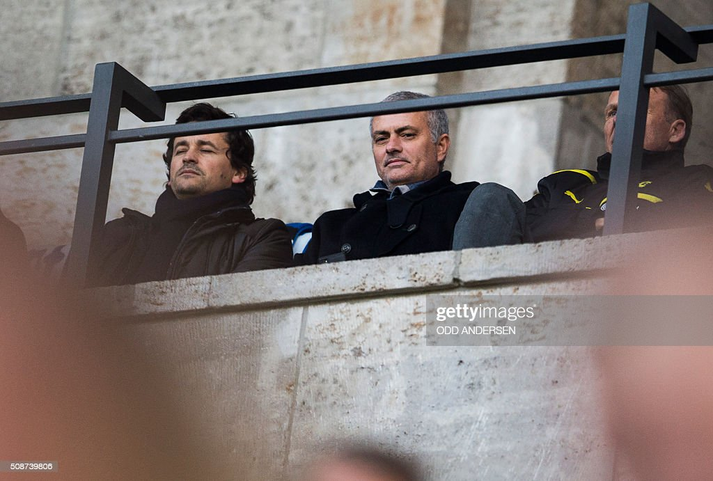 Former Chelsea manager José Mourinho attends the German first division Bundesliga football match, Hertha Berlin v Borussia Dortmund, at the Olympic stadium in Berlin on February 6, 2016. / AFP / ODD ANDERSEN /