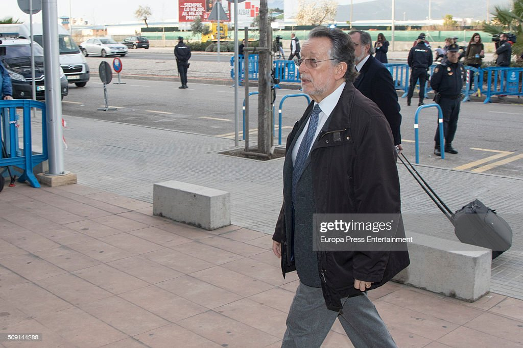 Former Councillor of the City of Valencia Alfonso Grau (L) arrives at the courtroom at the Balearic School of Public Administration for summary proceedings on February 09, 2016 in Palma de Mallorca, Spain. Princess Cristina of Spain, sister of King Felipe VI of Spain, faces a tax fraud trial over alleged links to business dealings of her husband, Inaki Urdangarin Princess Cristina co-owned with her husband a company called Aizoon alleged to be one of the companies used by the non-profit foundation named 'Instituto NOOS', headed by Inaki Urdangarin to misuse 5.6 million euro of public funds which were allocated to organise sports and tourism events on February 9, 2016 in Palma de Mallorca, Spain.