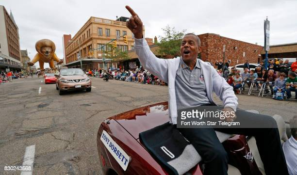 Former Cowboy and Hall of Fame member Tony Dorsett waves to the crowds on the parade route The 2017 NFL Hall of Fame class including Dallas Cowboys...