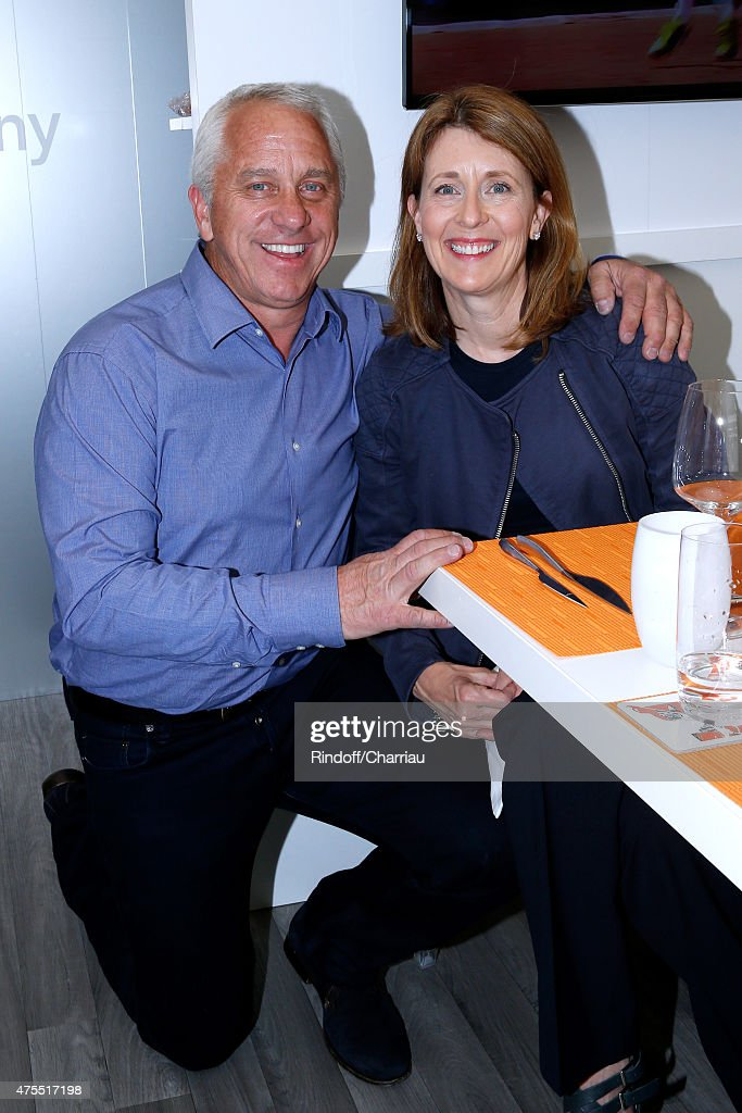 Former cyclist <a gi-track='captionPersonalityLinkClicked' href=/galleries/search?phrase=Greg+LeMond&family=editorial&specificpeople=504953 ng-click='$event.stopPropagation()'>Greg LeMond</a> and his wife Kathy attend the 2015 Roland Garros French Tennis Open - Day Nine on June 1, 2015 in Paris, France.