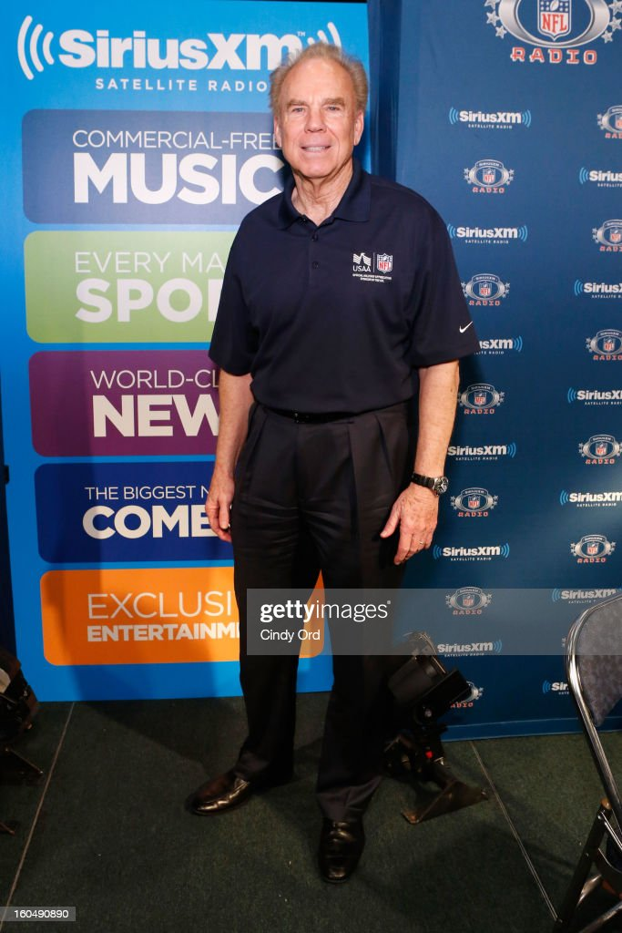 Former Dallas Cowboys quarterback <a gi-track='captionPersonalityLinkClicked' href=/galleries/search?phrase=Roger+Staubach&family=editorial&specificpeople=208812 ng-click='$event.stopPropagation()'>Roger Staubach</a> attends SiriusXM's Live Broadcast from Radio Row during Bowl XLVII week on February 1, 2013 in New Orleans, Louisiana.