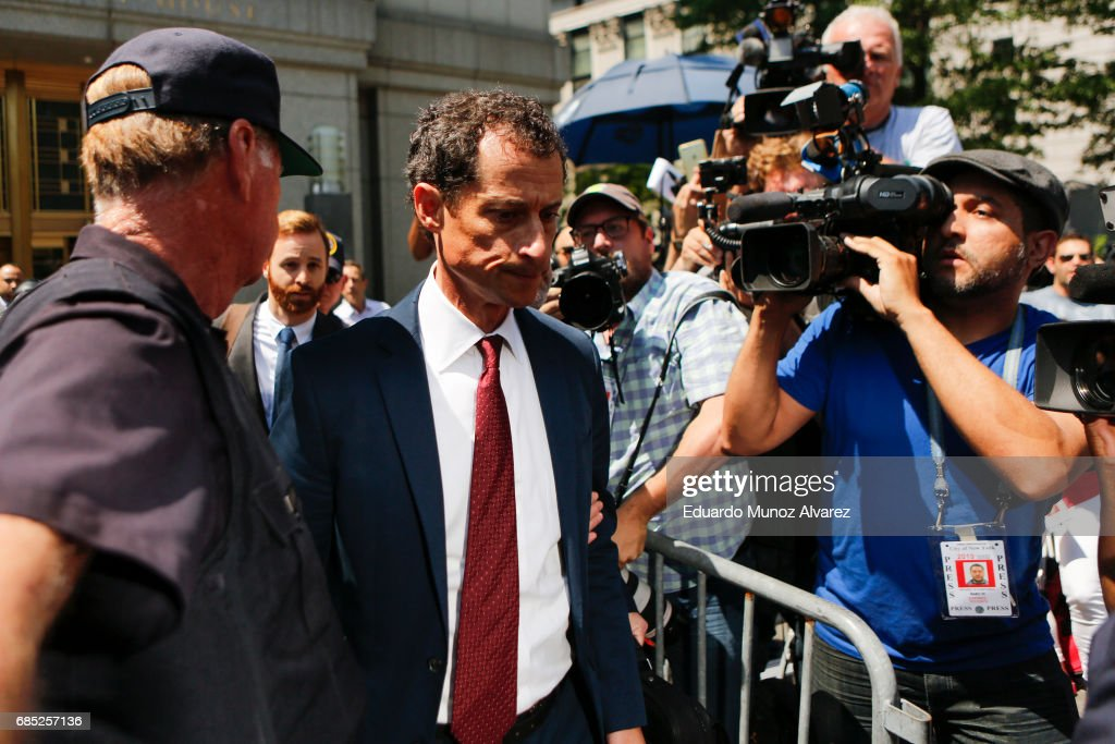 Former Democratic Congressman Anthony Weiner (C) exits federal court in Manhattan after pleading guilty in sexting case on May 19, 2017 in New York City. Weiner, who resigned from Congress over a sexting scandal, pleaded guilty on friday to federal charges of transmitting sexual material to a minor and could face a prison term.