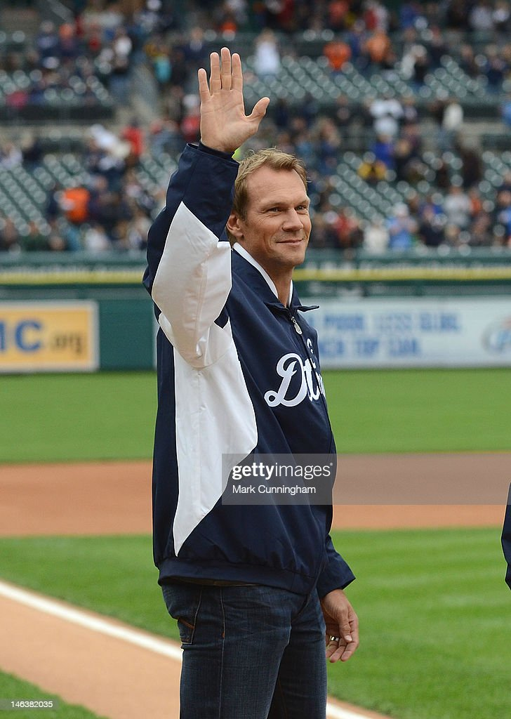 Former Detroit Red Wings player Nicklas Lidstrom waves to the crowd before the game between the Detroit Tigers and the New York Yankees at Comerica Park on June 1, 2012 in Detroit, Michigan. The Yankees defeated the Tigers 9-4.
