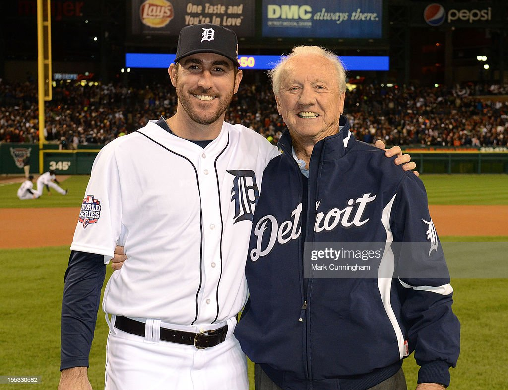 Former Detroit Tigers outfielder and Baseball Hall of Famer Al Kaline and Justin Verlander #35 of the Tigers pose for a photo prior to Game Three of the World Series against the San Francisco Giants at Comerica Park on October 27, 2012 in Detroit, Michigan. The Giants defeated the Tigers 2-0.