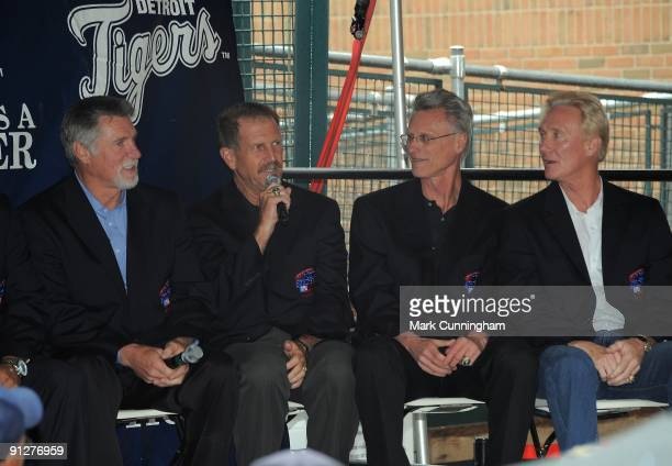 Former Detroit Tigers pitchers Jack Morris Dan Petry Bill Scherrer and Doug Bair speak to the crowd during a question and answer session to honor the...