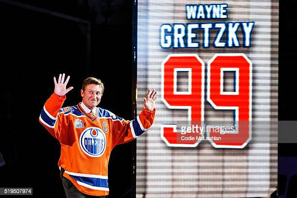 Former Edmonton Oilers forward Wayne Gretzky greets fans during the closing ceremonies at Rexall Place following the game between the Edmonton Oilers...