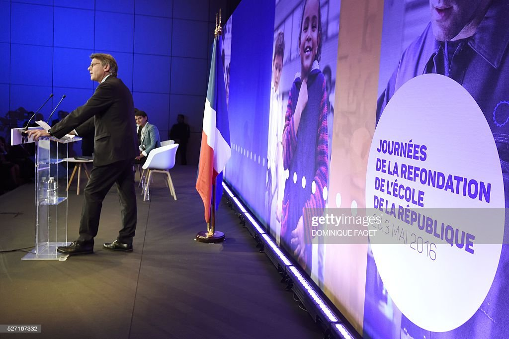 Former Education Minister Vincent Peillon speaks during a conference on reforming the Republican school in Paris on May 2, 2016. / AFP / DOMINIQUE