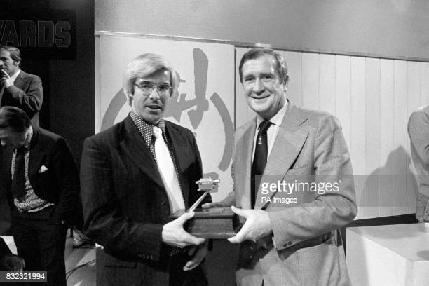 Former England bowler Jim Laker presents the BBC TV Grandstand Cricketer of the Year award to David Steele