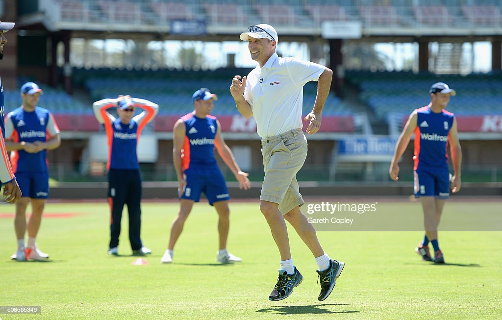 Former England captain <a gi-track='captionPersonalityLinkClicked' href=/galleries/search?phrase=Nasser+Hussain&family=editorial&specificpeople=171724 ng-click='$event.stopPropagation()'>Nasser Hussain</a> takes part in a fitness drill during a nets session at St George's Park on February 5, 2016 in Port Elizabeth, South Africa.
