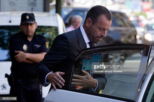 Former FC Barcelona president Sandro Rosell leaves by taxi the Spain's High Court on July 22 2014 in Madrid Spain Former FC Barcelona president...
