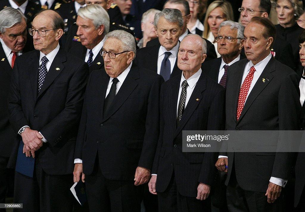 Former Federal Reserve Chairman Alan Greenspan former US Secretary of State Henry Kissinger former National Security Advisor Brent Scowcroft and...