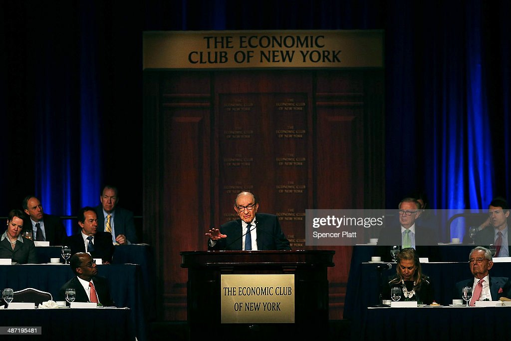 Former Federal Reserve Chairman Alan Greenspan speaks to The Economic Club of New York on April 28 2014 in New York City Following the 2008 global...