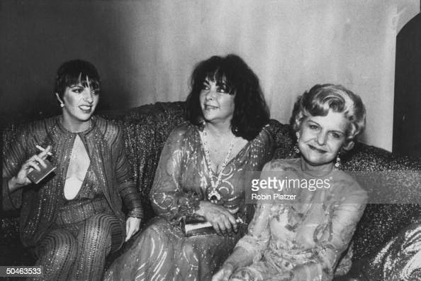 Studio 54 stock photos and pictures getty images for Divan singer
