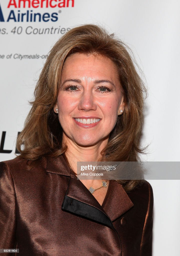 Former First Lady of New York State Silda Wall Spitzer attends the City mealsonWheels 23rd annual 'Power Lunch for Women' at Cipriani 42nd Street on...