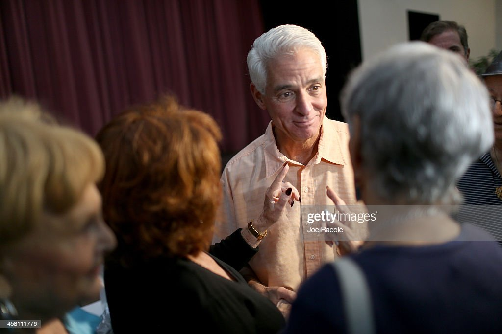 Gubernatorial Candidate Charlie Crist Campaigns In Pembrooke Pines