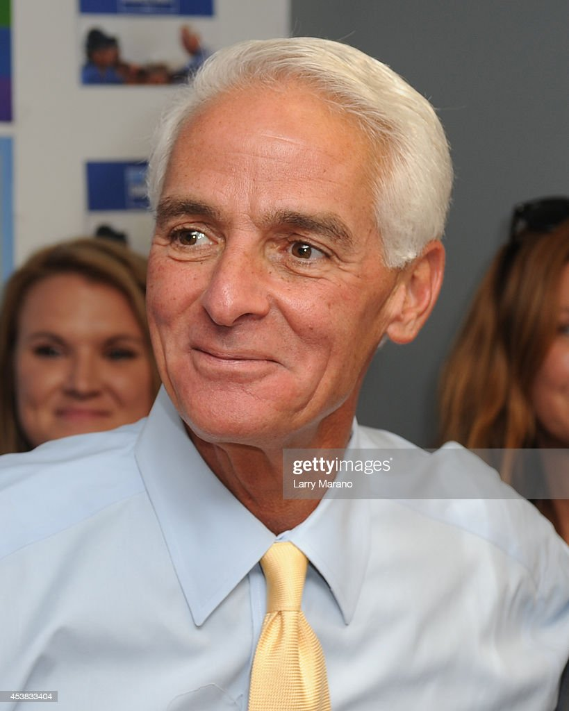 Charlie Crist Opens Campaign Office In Florida