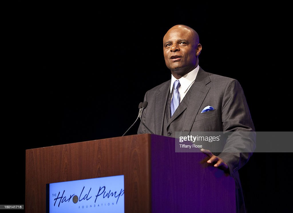 Former football player <a gi-track='captionPersonalityLinkClicked' href=/galleries/search?phrase=Warren+Moon&family=editorial&specificpeople=226907 ng-click='$event.stopPropagation()'>Warren Moon</a> attends the 12th Annual Harold Pump Foundation Gala at the Hyatt Regency Century Plaza on August 10, 2012 in Century City, California.