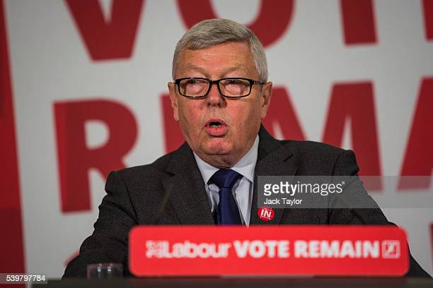 Former Foreign Secretary Alan Johnson speaks at Church House on June 13 2016 in London England Shadow Foreign Secretary Hilary Benn made a speech...
