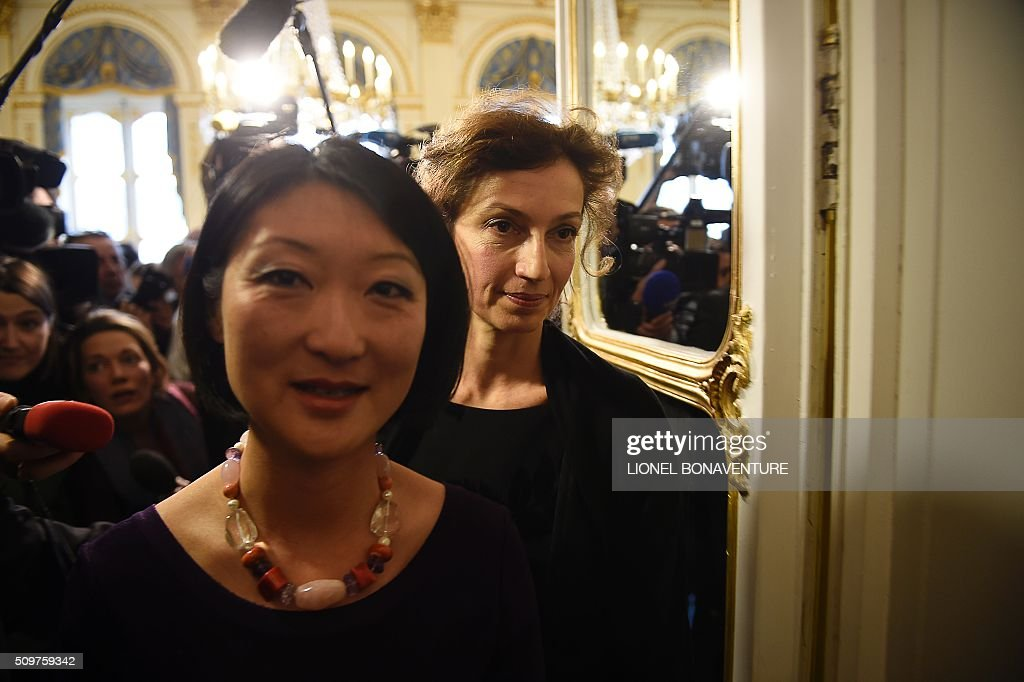 Former French Culture minister Fleur Pellerin walks on February 12, 2016 in Paris ahead of Audrey Azoulay, named new French Culture minister during the transferal of powers. Audrey Azoulay was named new French Culture minister as French President Francois Hollande reshuffled his cabinet on February 11, 2016, naming Jean-Marc Ayrault foreign minister and adding several ecologists to government as he seeks to widen his political base ahead of a presidential poll in 2017. AFP PHOTO / LIONEL BONAVENTURE / AFP / LIONEL BONAVENTURE
