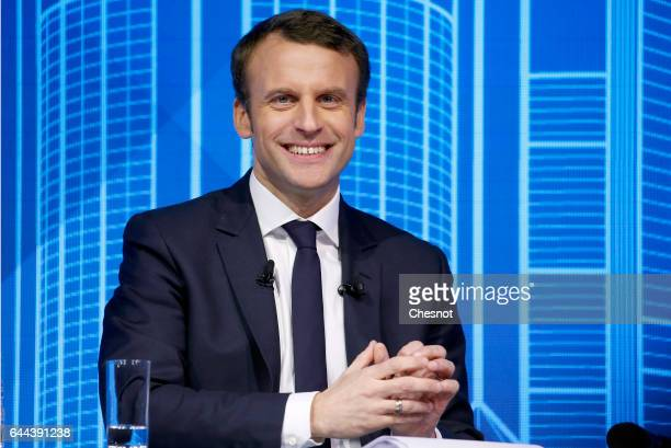 Former French Economy Minister and leader for the 'En Marche' movement Emmanuel Macron delivers a speech during the public works forum 'reinvest...