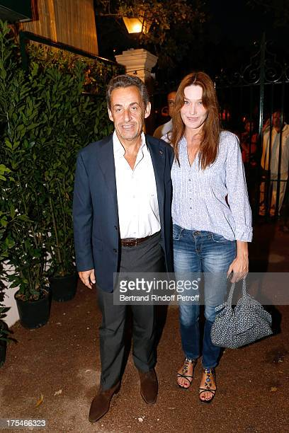 Former French President Nicolas Sarkozy and his wife singer Carla Bruni attend 'Pianistic' Concert of singer Julien Clerc at at 29th Ramatuelle...