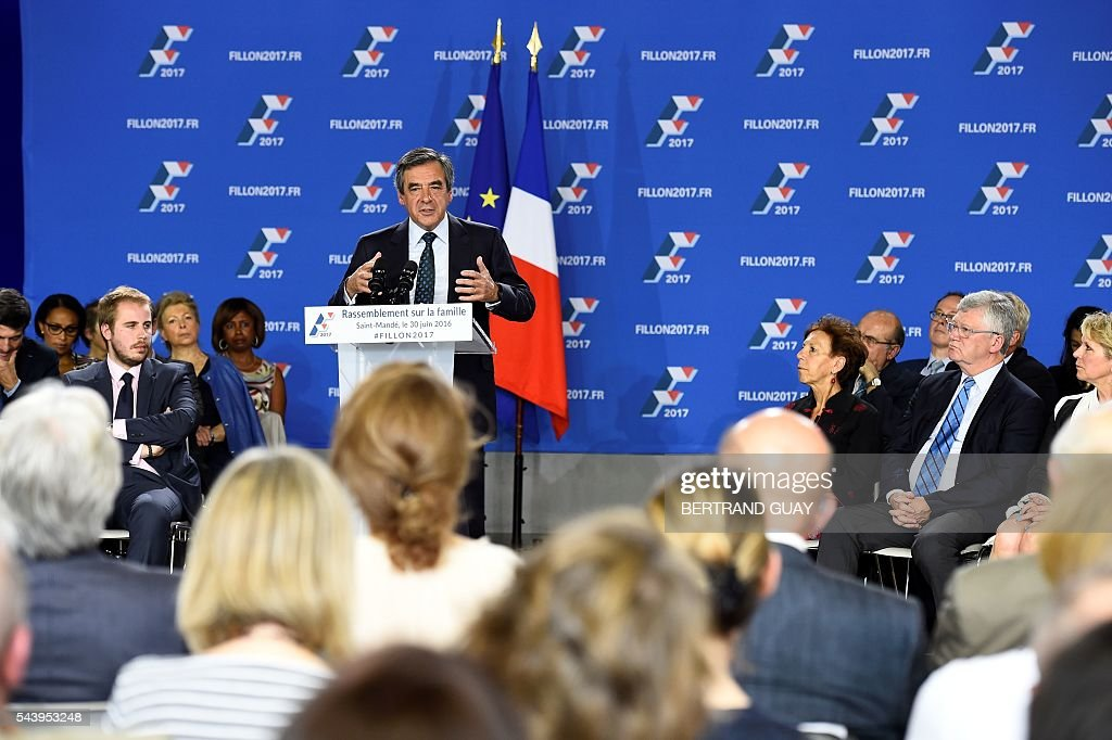Former French Prime Minister Francois Fillon and candidate for the right-wing Les Republicains (LR) party primary delivers a speech during a meeting in Saint-Mande. BERTRAND