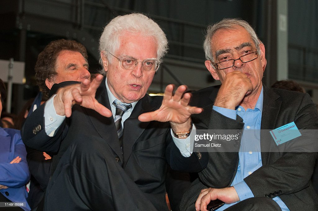 Former French Prime Minister <a gi-track='captionPersonalityLinkClicked' href=/galleries/search?phrase=Lionel+Jospin&family=editorial&specificpeople=210565 ng-click='$event.stopPropagation()'>Lionel Jospin</a> and <a gi-track='captionPersonalityLinkClicked' href=/galleries/search?phrase=Henri+Emmanuelli&family=editorial&specificpeople=554955 ng-click='$event.stopPropagation()'>Henri Emmanuelli</a> attend the French Socialist Party National Convention on May 28, 2011 in Paris. The National Convention was held to officialize by a general vote the project that will be defended by the French Socialist Party candidate during the upcoming Presidential elections, which will take place in May 2012 in France.