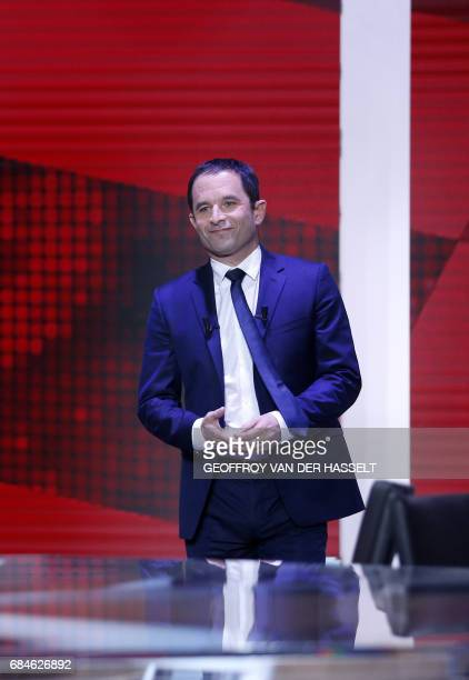 Former French socialist presidential election candidate Benoit Hamon arrives to take part in the political TV show 'L'emission politique' on May 18...