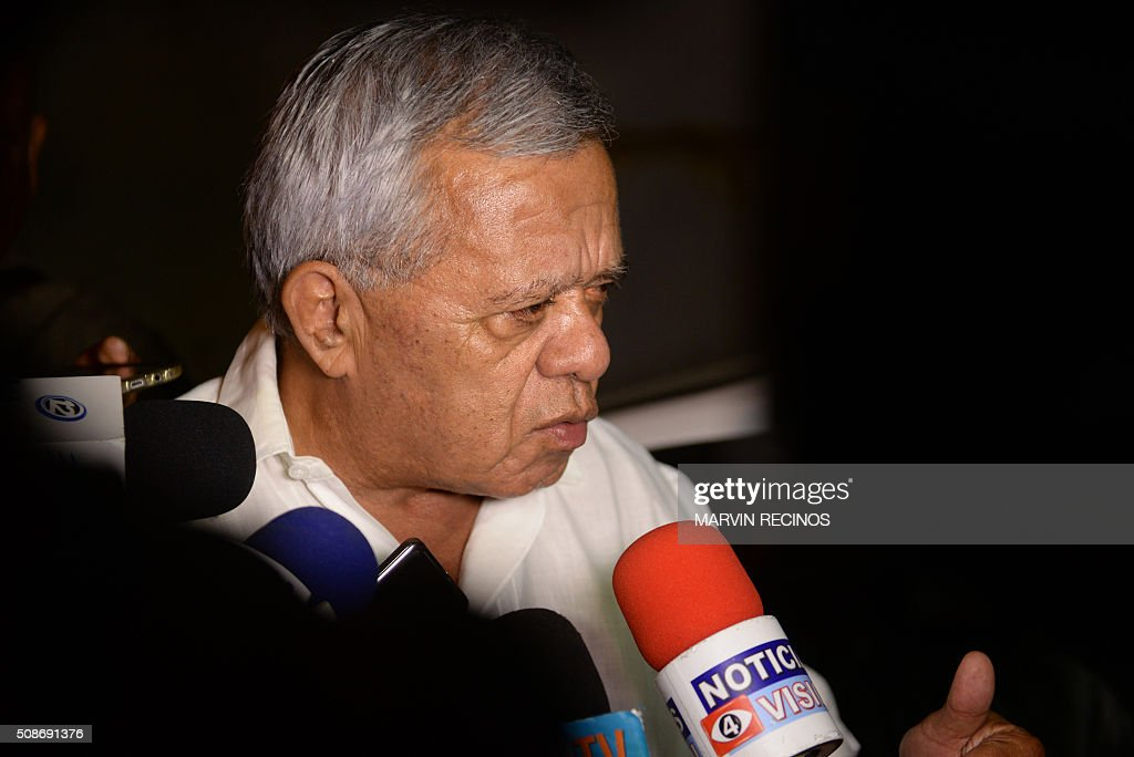Former general and congressman Mauricio Ernesto Vargas speaks to the media outside the headquarters of the Central Division of police investigations in San Salvador, El Salvador on February 6, 2016. Salvadoran police launched a raid to arrest 17 former military personnel one of whom is Aguilar, accused of killing six Jesuit priests in 1989, one of the most notorious atrocities of the country's bloody civil war. AFP PHOTO / Marvin RECINOS / AFP / Marvin RECINOS