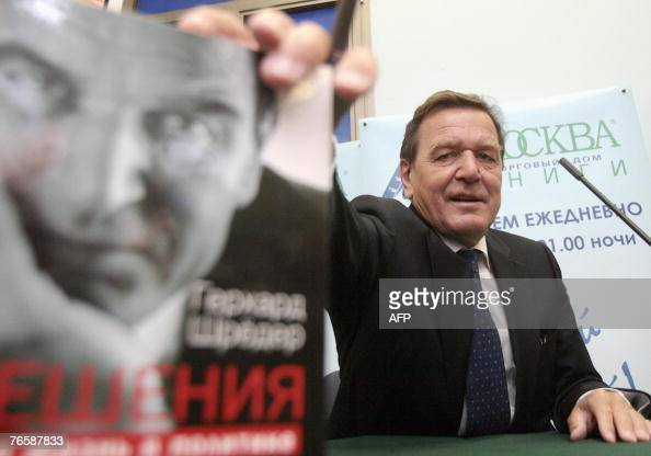 Former German Chancellor Gerhard Schroeder presents for the first time 08 September 2007 the Russianlanguage version of his autobiography 'Decisions...