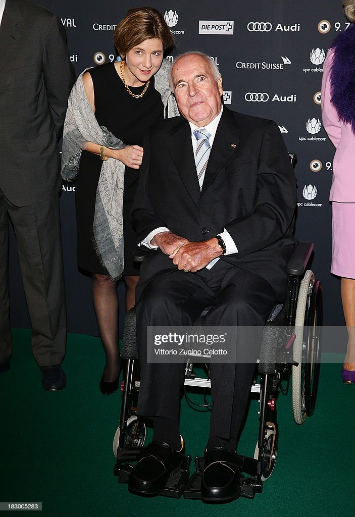Former German Chancellor <a gi-track='captionPersonalityLinkClicked' href=/galleries/search?phrase=Helmut+Kohl&family=editorial&specificpeople=202518 ng-click='$event.stopPropagation()'>Helmut Kohl</a> attends an evening with Arthur Cohn during the Zurich Film Festival 2013 on October 3, 2013 in Zurich, Switzerland.