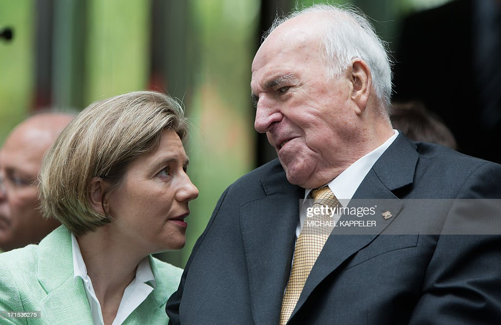 Former German Chancellor Helmut Kohl (R), his wife Maike Richter-Kohl attend the unveiling of a memorial to German painter Kaethe Kollwitz in Berlin on June 26, 2103.