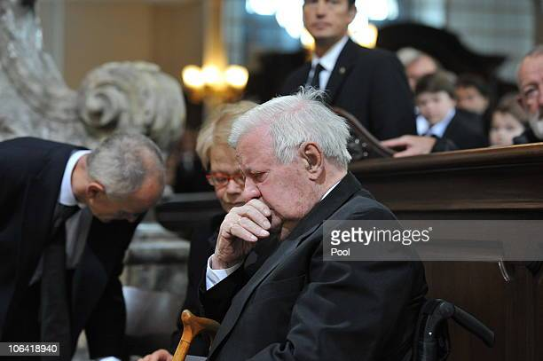 Former German Chancellor Helmut Schmidt and guest attend the memorial service for Loki Schmidt wife of former German Chancellor Helmut Schmidt at the...