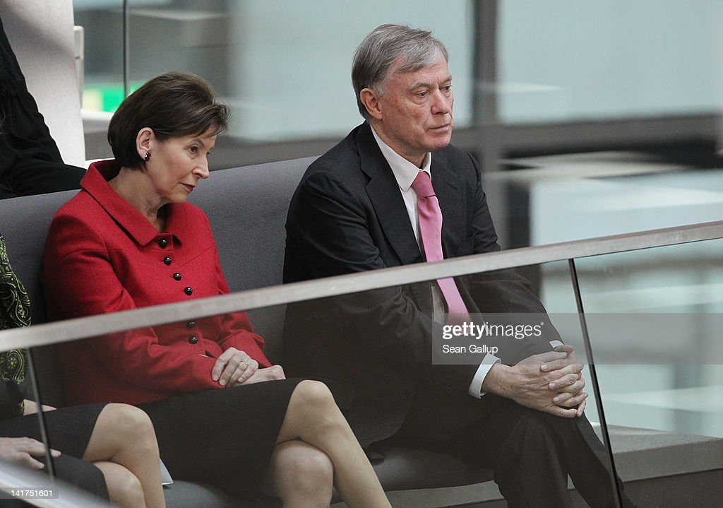 Former German President <a gi-track='captionPersonalityLinkClicked' href=/galleries/search?phrase=Horst+Koehler&family=editorial&specificpeople=209063 ng-click='$event.stopPropagation()'>Horst Koehler</a> and his wife Eva Luise Koehler attend a ceremony at which recently-elected new German President Joachim Gauck later took his oath of office at the Bundestag on March 23, 2012 in Berlin, Germany. Gauck, a former Lutheran pastor and human rights activist, succeeds Christian Wulff, who resigned in February following the launch of an investigation into possible illegal benefits Wulff recieved while he was governor of Lower Saxony.