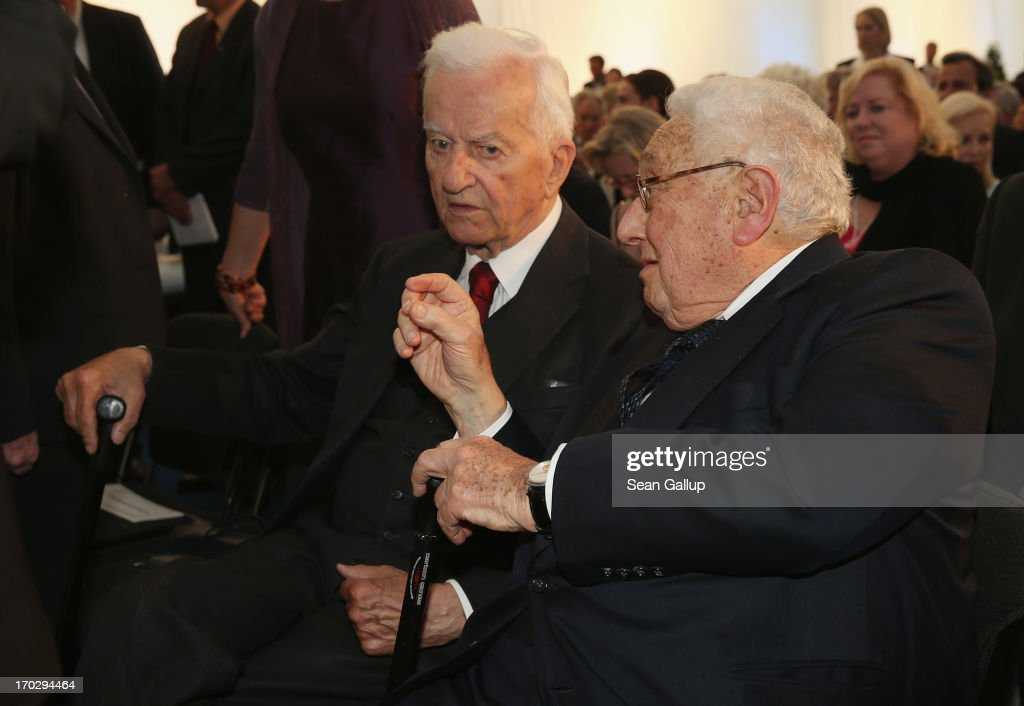 Former German President Richard von Weizsaecker (L) andf former U.S. Secretary of State <a gi-track='captionPersonalityLinkClicked' href=/galleries/search?phrase=Henry+Kissinger&family=editorial&specificpeople=154883 ng-click='$event.stopPropagation()'>Henry Kissinger</a> attend the Henry A. Kissinger Prize 2013 award at the American Academy in Berlin on June 10, 2013 in Berlin, Germany.