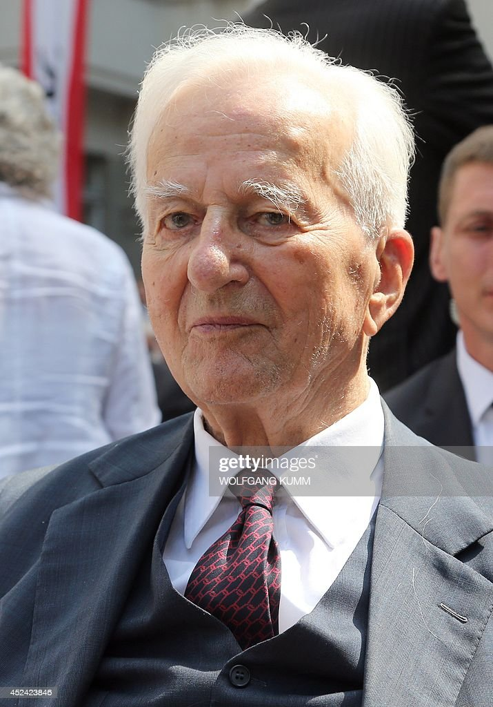 Former German president Richard von Weizsaecker attends a commemoration ceremony for officers, including Claus Schenk Graf von Stauffenberg, who were shot at the premises due to their involvement in the plot to assassinate Adolf Hitler in 1944 at the Bendlerblock, today housing the German Resistance Memorial Centre, in Berlin on July 20, 2014. AFP PHOTO / DPA / WOLFGANG KUMM +++ GERMANY OUT