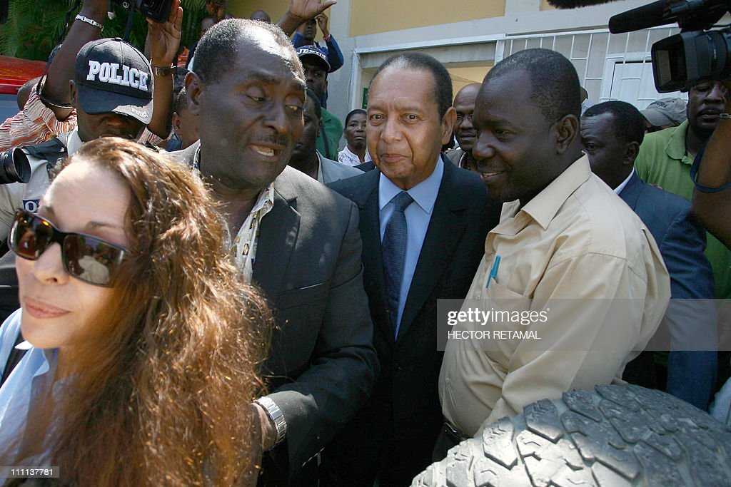 Jean claude duvalier getty images for Canape vert hospital haiti