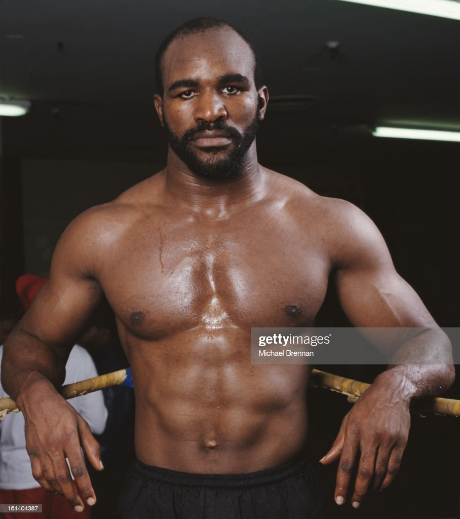 Former heavyweight and cruiserweight boxing champion <a gi-track='captionPersonalityLinkClicked' href=/galleries/search?phrase=Evander+Holyfield&family=editorial&specificpeople=194938 ng-click='$event.stopPropagation()'>Evander Holyfield</a> training in Houston, Texas, 1994.