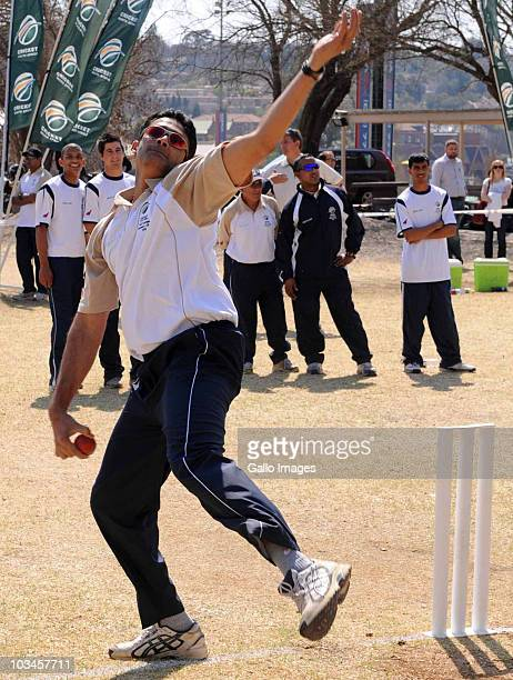 Former India cricket captain Anil Kumble conducts a spin bowling coaching clinic for members of the South Africa cricket team at St Sithians College...