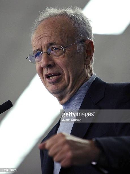 Former Intel CEO Andy Grove delivers a keynote address at the 2008 PlugIn conference and Exposition July 22 2008 in San Jose California With Gasoline...