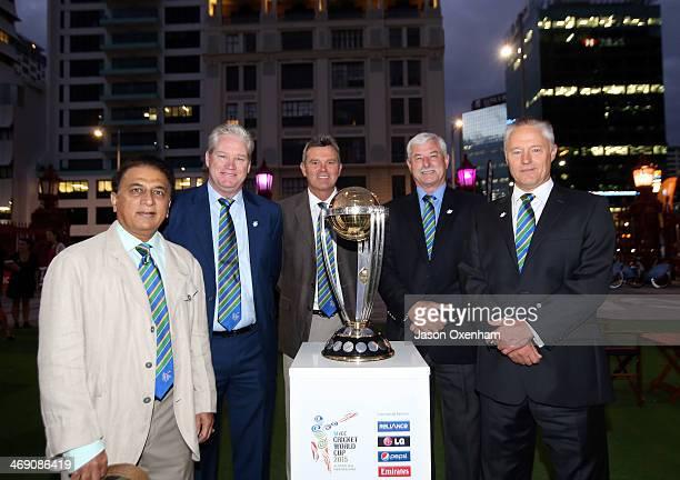 Former International cricketers Sunil Gavasakar Dean Jones Martin Crowe Sir Richard Hadlee and Gavin Larsen pose with the Cricket World Cup at the...