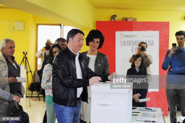 Former Italian Prime Minister and PD secretary Matteo Renzi casts his vote for Democratic Party leadership primaries on April 30 2017 in Pontassieve...