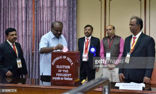 Former Karnataka Chief Minister and Janta Dal leader HD Kumaraswamy casting his vote for the Presidential election at Vidhan Sabha on July 17 2017 in...