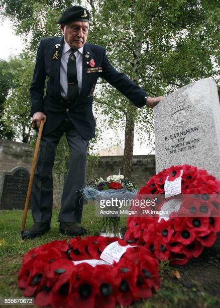 Former machine gunner Alf Tubb stands by a headstone at Comely Bank Cemetery in Edinburgh in memory of Reginald Earnshaw his friend and former...