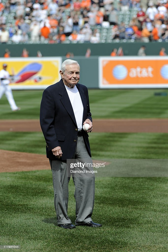 Former manager and Hall of Famer Earl Weaver of the Baltimore Orioles prepares to throw out the ceremonial first pitch prior to the Opening Day game on April 4, 2011 against the Detroit Tigers at Oriole Park in Baltimore, Maryland.
